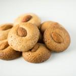 Almond Macaron cookie